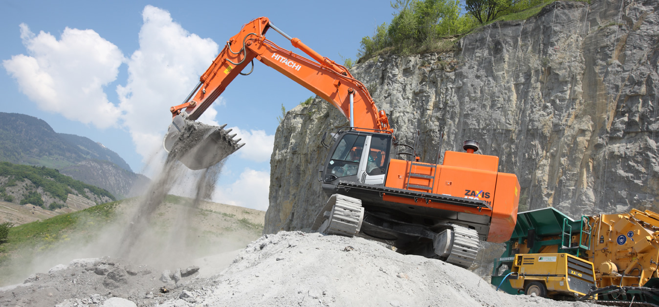 Hitachi Zaxis ZX470-3 - at CPS Plant